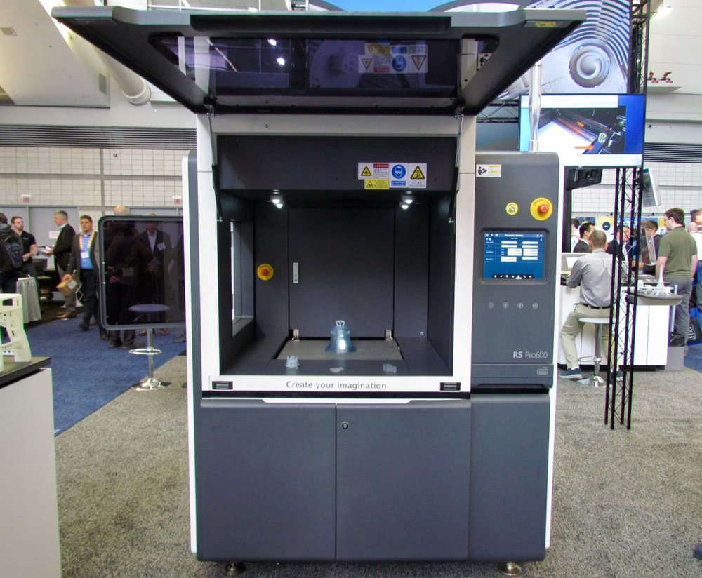 UnionTech's RSPro 600 industrial SLA 3D printer