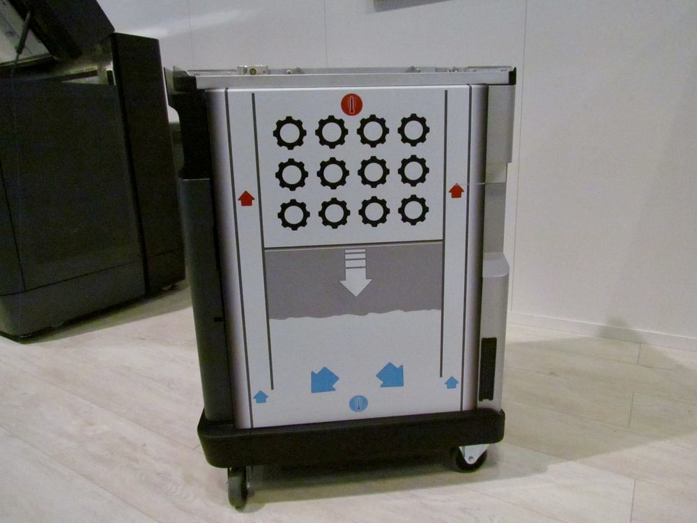 HP's removable build chamber