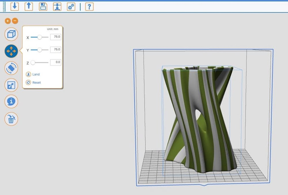 Selecting two colors for a 3D model in XYZware for the da Vinci Jr. 2.0 Mix ( Model courtesy Virtox )