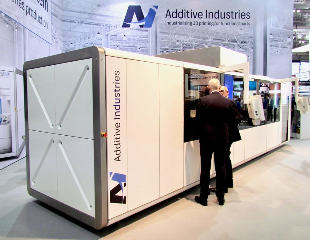Additive Industries' gigantic MetalFAB1 3D metal printing production system