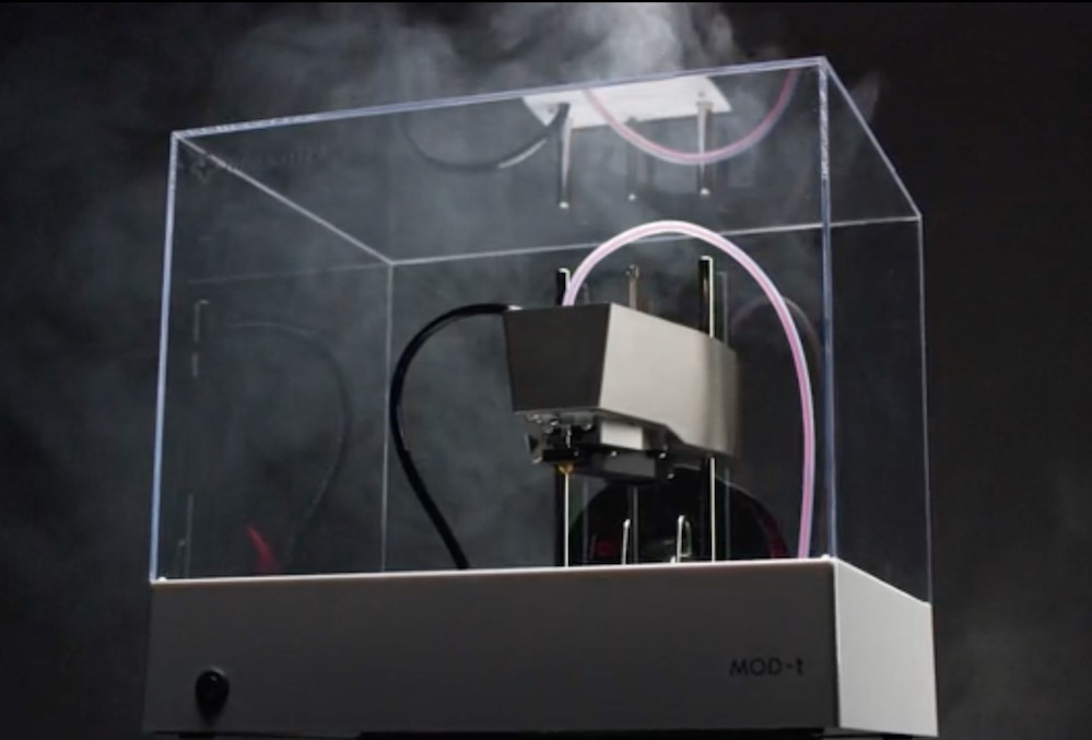 A smoky look at the New Matter MOD-t 2nd Gen desktop 3D printer