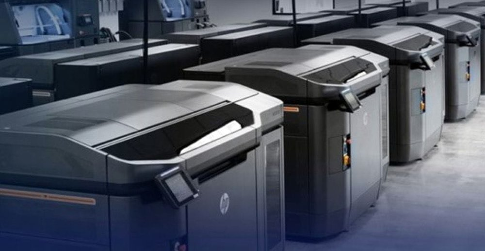 Rows of Jet Fusion 4210 3D printers. (Image courtesy of HP.)