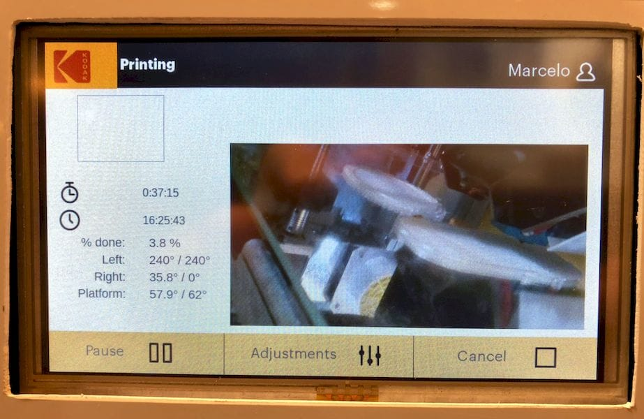 Fancy color touchscreen panel view on the Kodak desktop 3D printer
