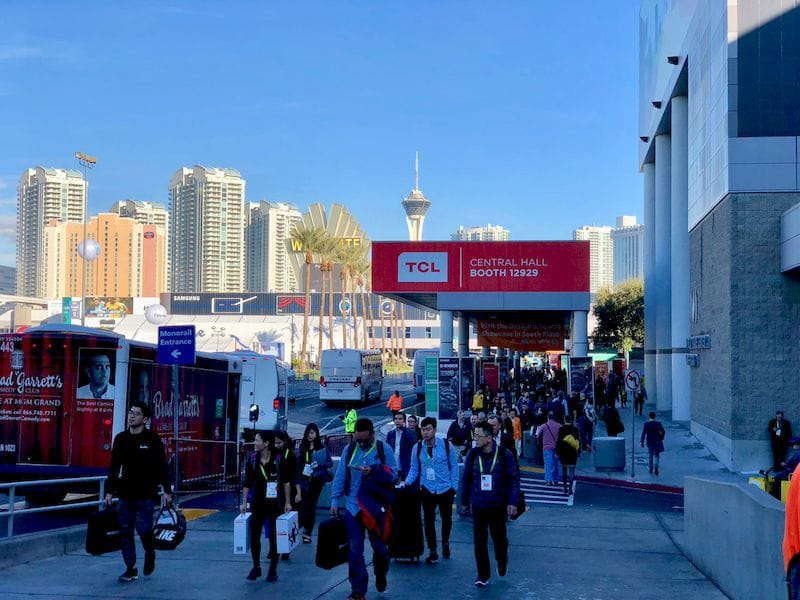 Attendees hustling between buildings at CES 2018