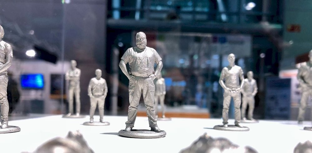 Highly detailed tiny 3D metal figurines made by Hoganas