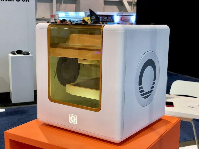 The very tiny CubiBot 3D printer