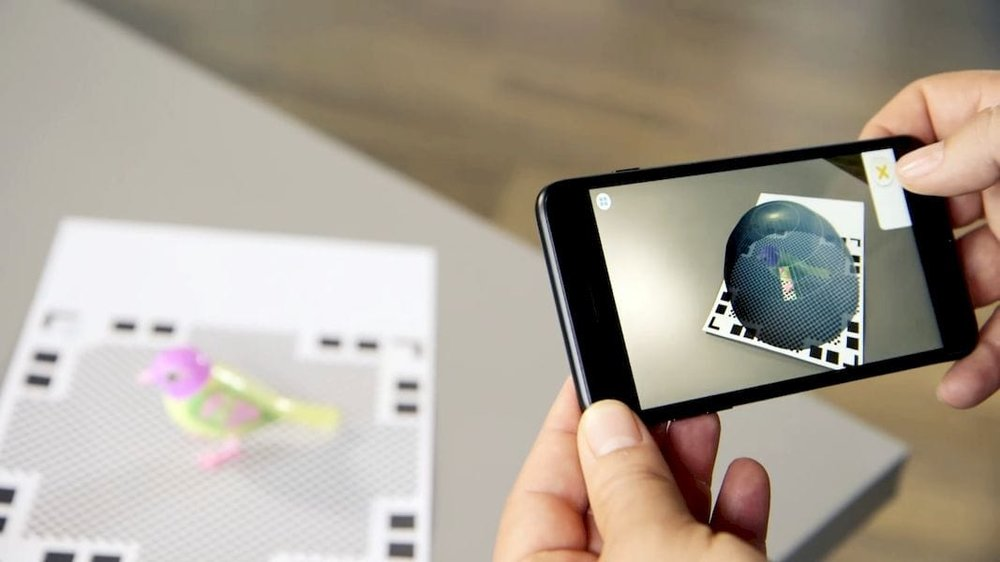 The Qlone mobile 3D scanning app in action