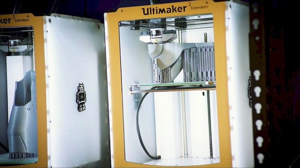 3D printing cosplay components on an Ultimaker