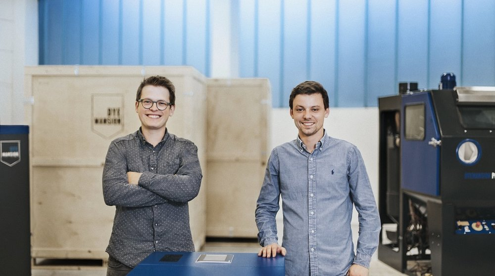 Felix Ewald (left), CEO & Co-Founder, and Philipp Kramer, CTO & Co-Founder [Image: DyeMansion]