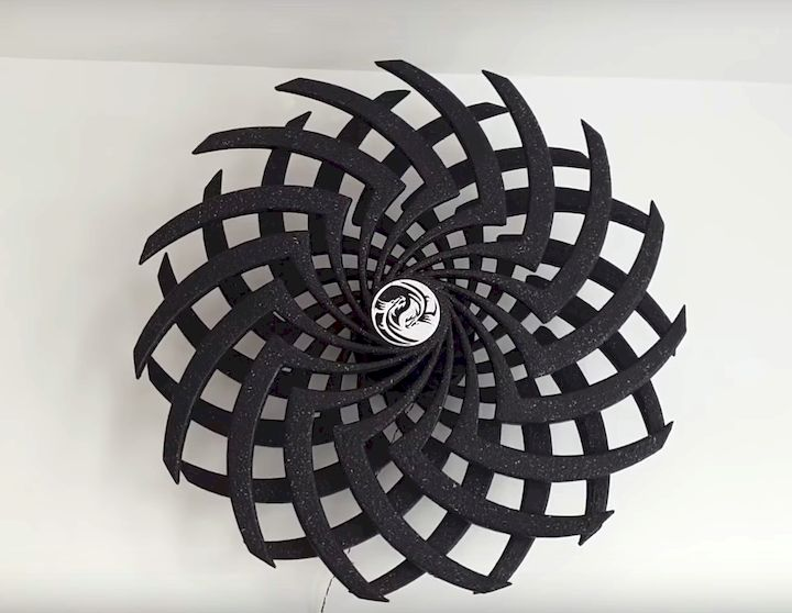 A 3D printed moire illusion [Source: Instructables]