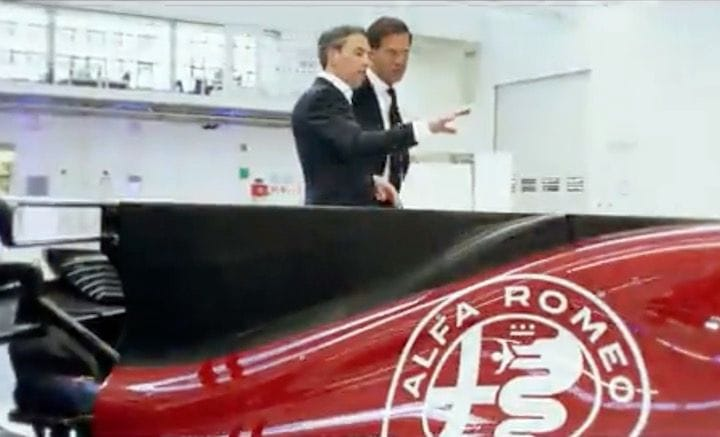 Additive Industries' CEO Daan Kersten touring their new plant with Dutch PM Mark Rutte [Source: Additive Industries]