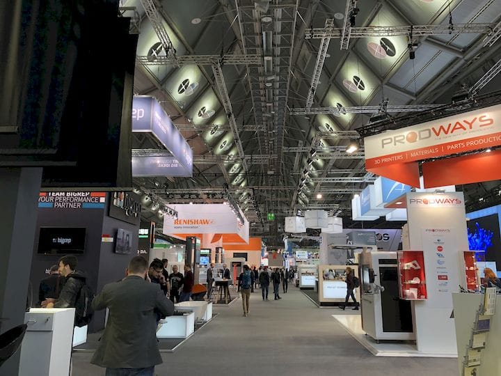 A look down a busy exhibitor aisle at formnext 2017 [Image: Fabbaloo]