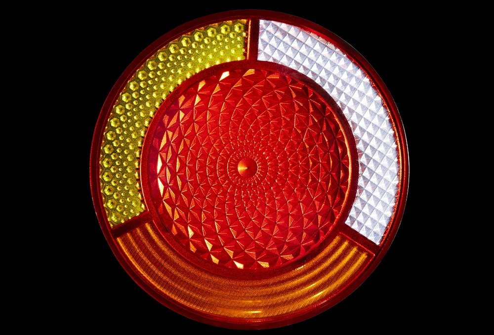 The J750 has shown success for prototyping taillight covers [Image: Stratasys]