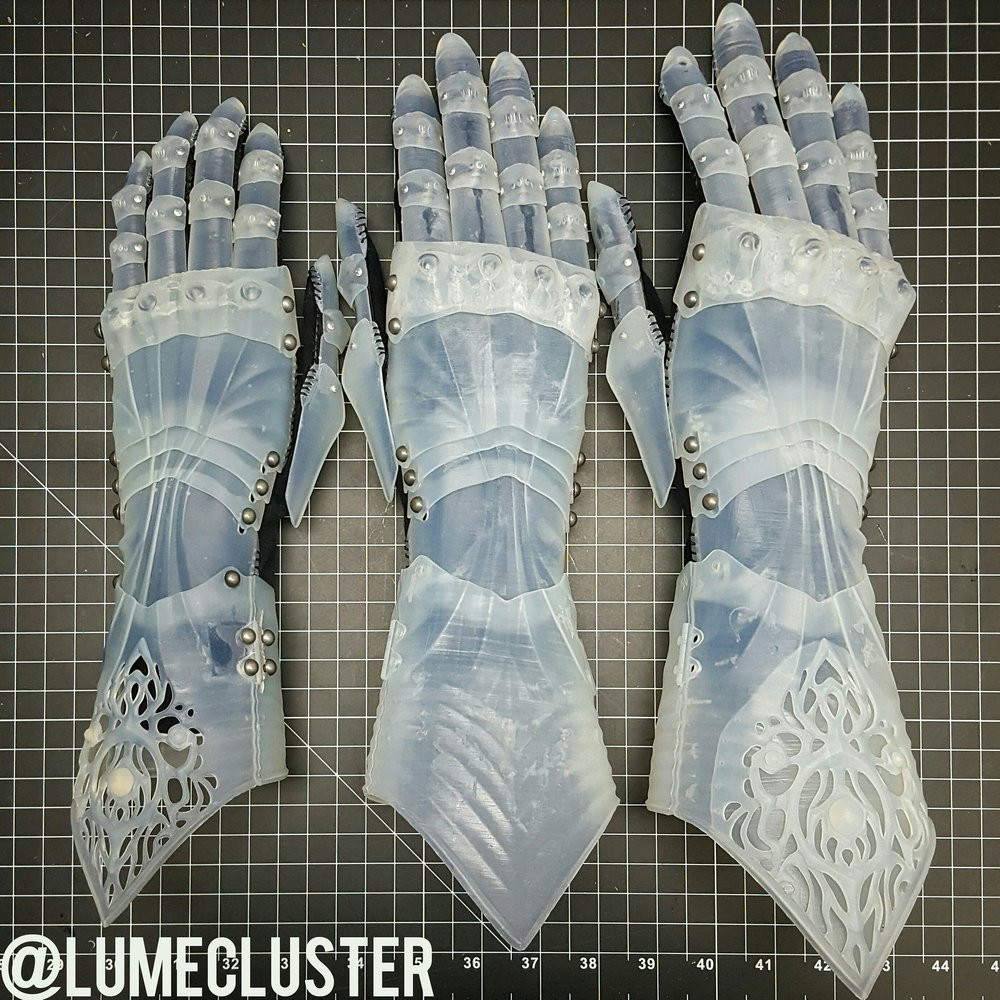 Early prototyping stages of the Phoenix Gauntlet S/M/L size options. 3D printed on the Form 2 using durable resin. [Image: Lumecluster]
