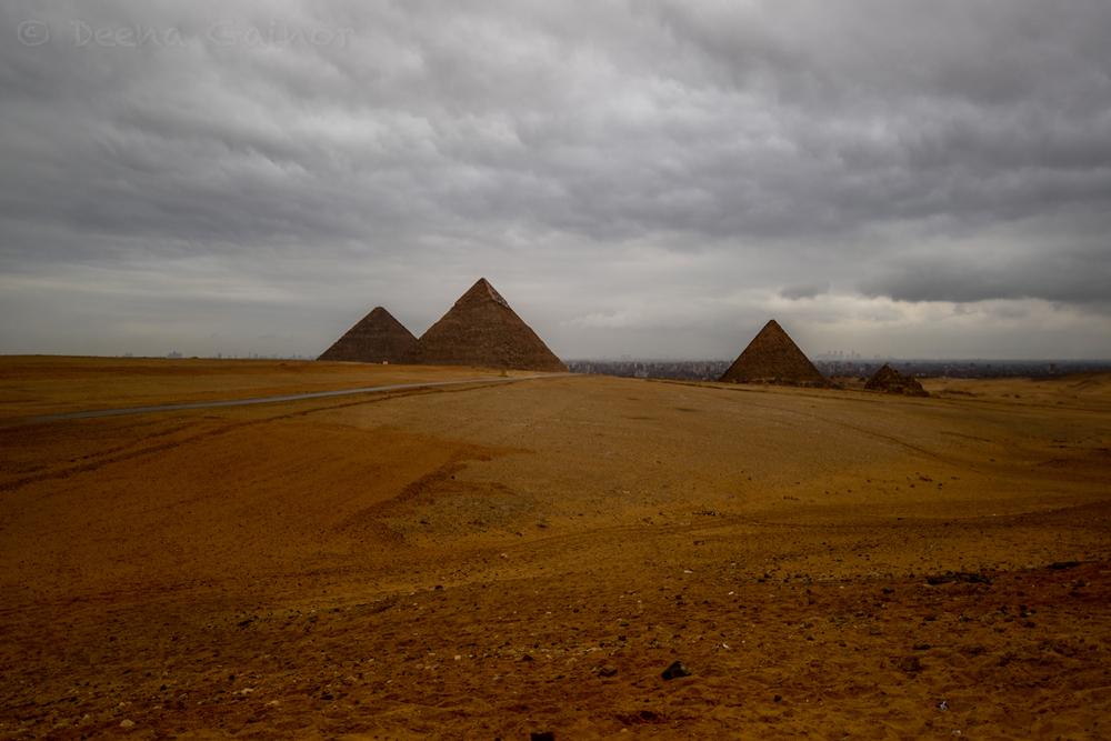 RTW Egypt Pyramids wm.jpg