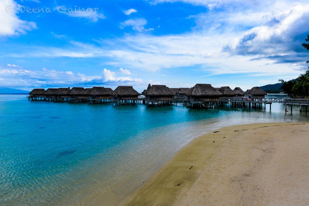 RTW Tahiti Sofitel 24 wm.jpg
