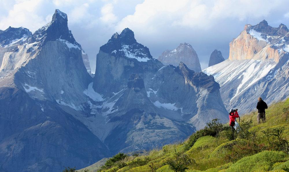 Torres_del_Paine_Cuernos5.jpg