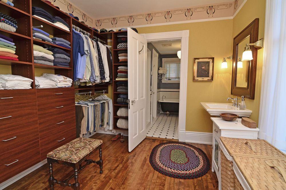 master br closet.jpg