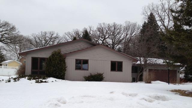 10627 James Circle - Bloomington, MN 55431  Represented Buyer  Listing & Photo Courtesy of Bridge Realty