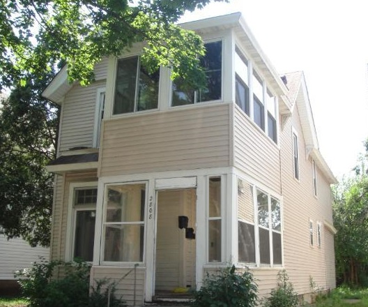 2808 Stevens Avenue South - Minneapolis, MN 55408  Represented Buyer  Listing & Photo Courtesy of Home Buyers Realty Corporation
