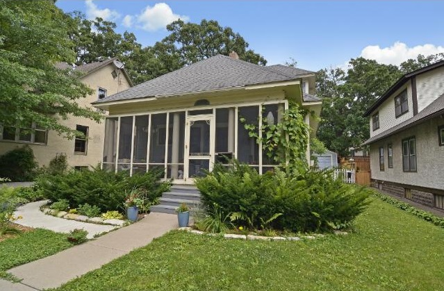4533 York Avenue South - Minneapolis, MN 55410  Represented Buyer  Listing & Photo Courtesy of Edina Realty