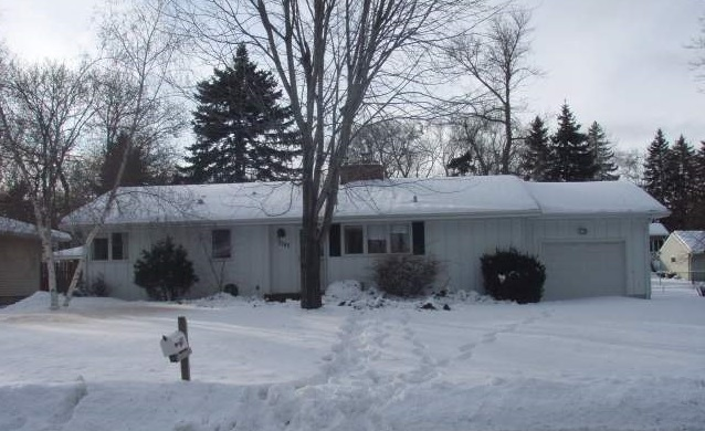 1787 Lake Street - Lauderdale, MN 55113  Represented Buyer  Listing & Photo Courtesy of Coldwell Banker Burnet