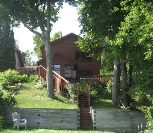 4476 Denbigh Road - Mound, MN 55364  Represented Buyer  Listing & Photo Courtesy of Re/Max Advisors West