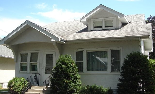 4139 24th Avenue South - Minneapolis, MN 55406  Represented Buyer  Listing & Photo Courtesy of Coldwell Banker Burnet