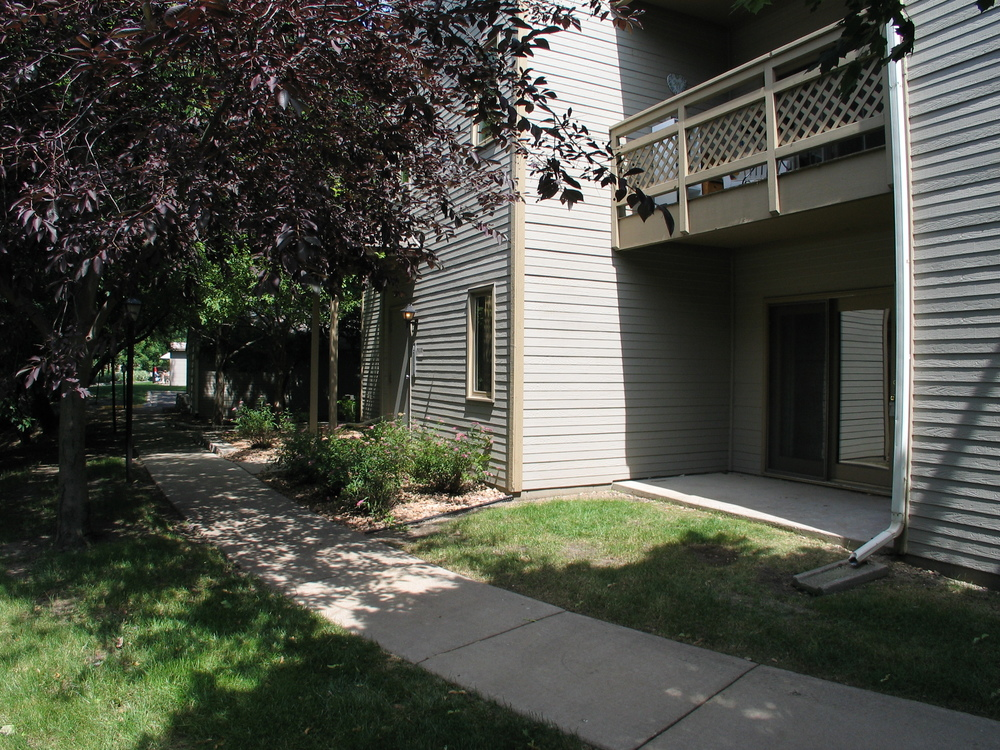 2170 Ridge Drive #12 - St Louis Park, MN 55416  Represented both Buyer & Seller