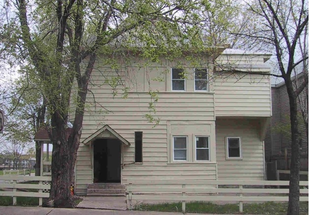 2901 3rd Avenue South - Minneapolis, MN 55408  Represented Buyer  Listing & Photo Courtesy of Coldwell Banker Burnet