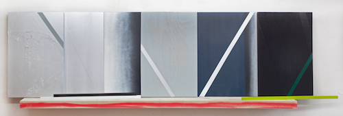 o.T.    · 65 x 220 x 25 cm · Acryl, Lack auf Holz, 2012