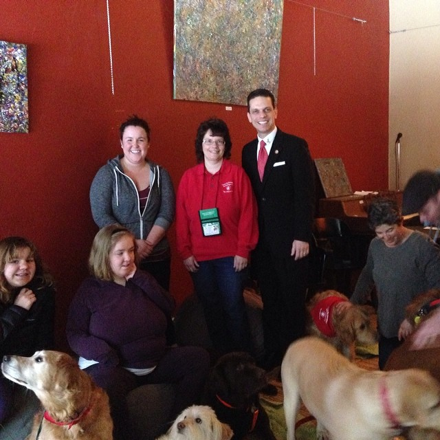 Thanks for stopping by Paws for a Cause, @assemblymansantabarbara! #pettherapy #therapydogs #autism 🐾
