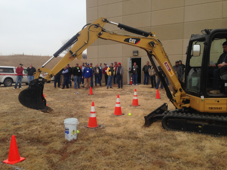 The skills test was a popular addition to the 2014 Excavation Safety Summit