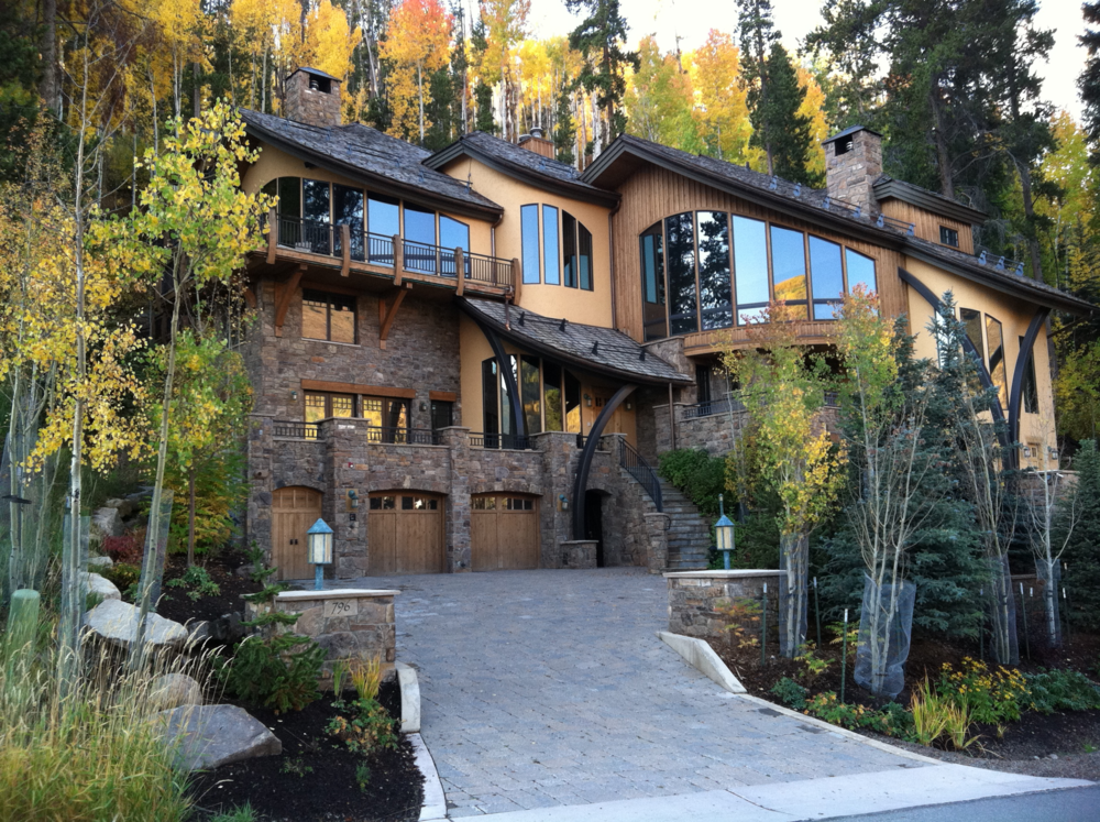 VAIL MOUNTAIN RESIDENCE