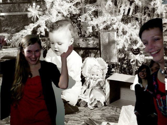 HarperXmas2011_Photobooth031.jpg