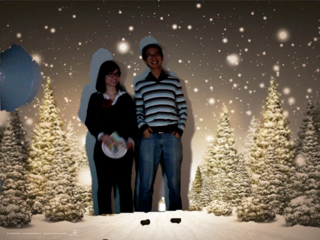 HarperXmas2011_Photobooth112.jpg