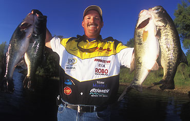 The authors believe anglers should permanently mark each bait with its rate of fall.  Photo: BassFan.