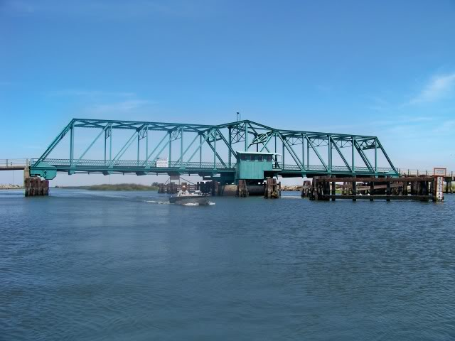Honker Cut Swing Bridge