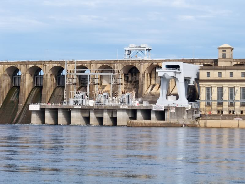 Wilson Dam above Pickwick