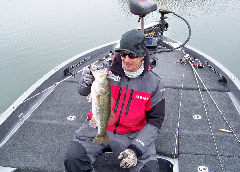 Prior to this event  one might think of Amistad with thoughts of big bass catches and very heavy limits. We have hit this lake with a bite as low as the water levels. Anyone in this tournament would be thrilled to have this catch! You would be extremely hard pressed to cull this fish during this event.