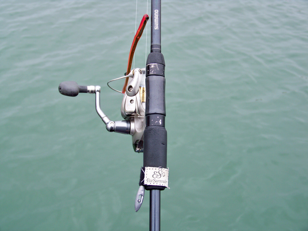 Eye Surrender Drop Shot Wrap extends the 'life' of a soft plastic worm when rigged weed-less. No need to keep taking the barbed hook repeatedly in and out of the plastic to attach the hook to the rod's hook keeper. This also saves time for more casts!  http://www.eyesurrendernow.com