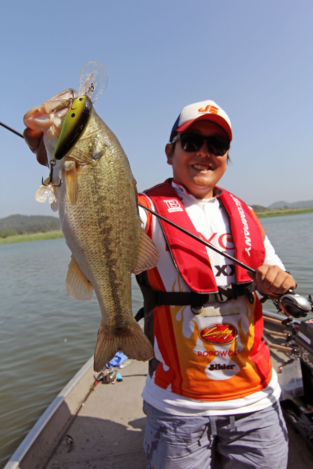 Pic. 11.  Catching 2 to 3lb'ers on nearly every casts is incredibly entertaining.