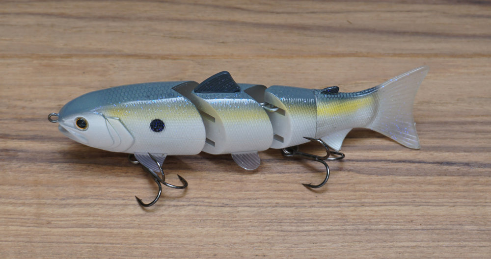 "The BBZ-1 6"" Slow-Sink Swimbait can be used to fish the entire water-column."