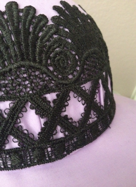 1920s-inspired cloche hat (details)