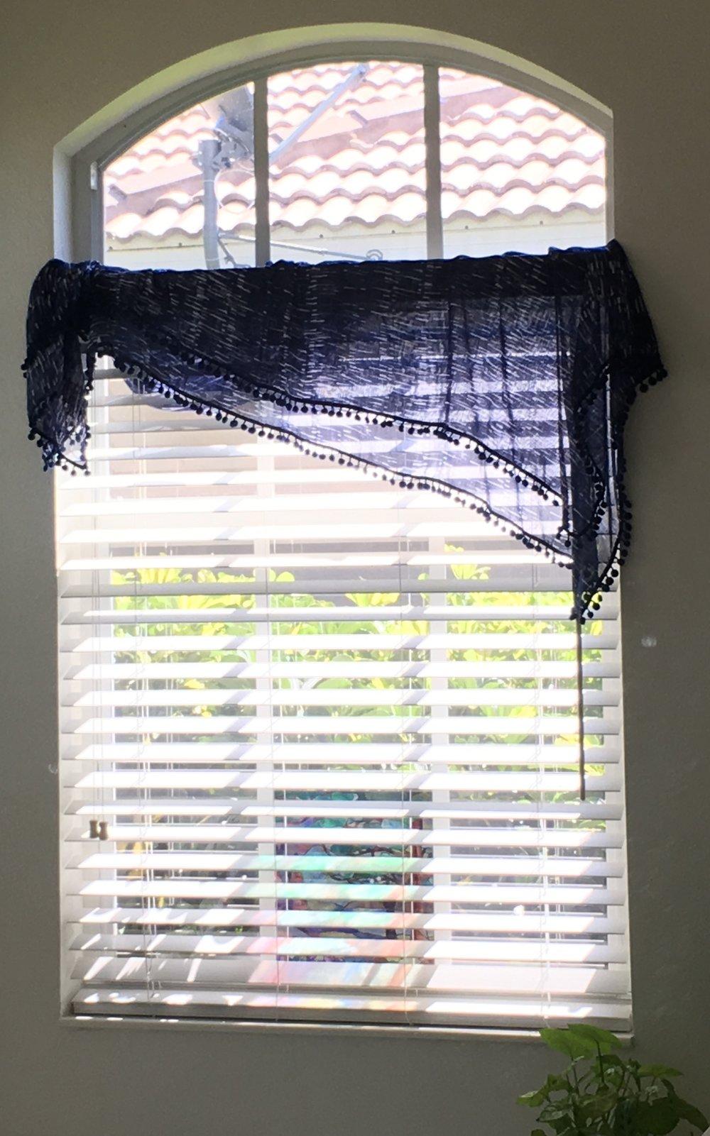 sarong window.JPG