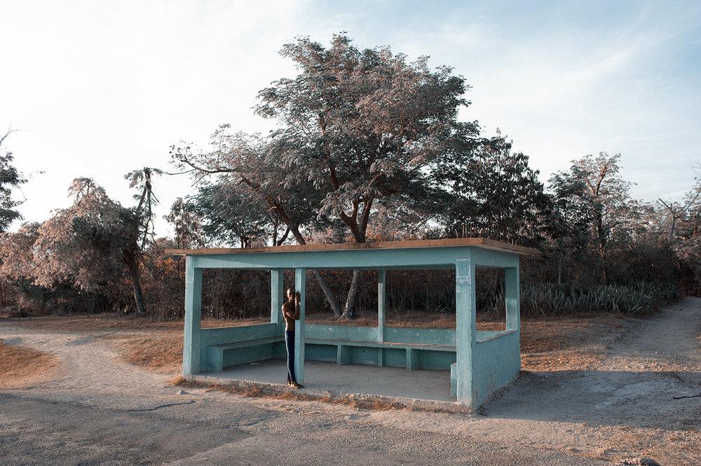 8. bus stop_DSC_0427.jpg
