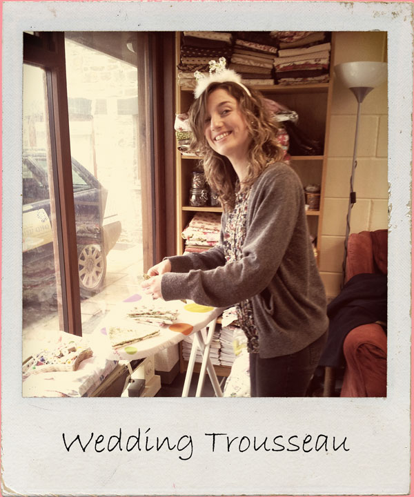 Create an array of items for your wedding trousseau in this uniquely tailored party including monogrammed bed and table linens, stationary, candles & more. Includes vintage trunk or suitcase Includes afternoon tea 2 - 3 hour workshop