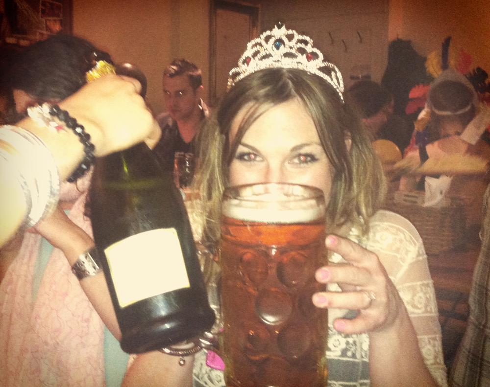 Jo M enjoying her London hen party - very cute!