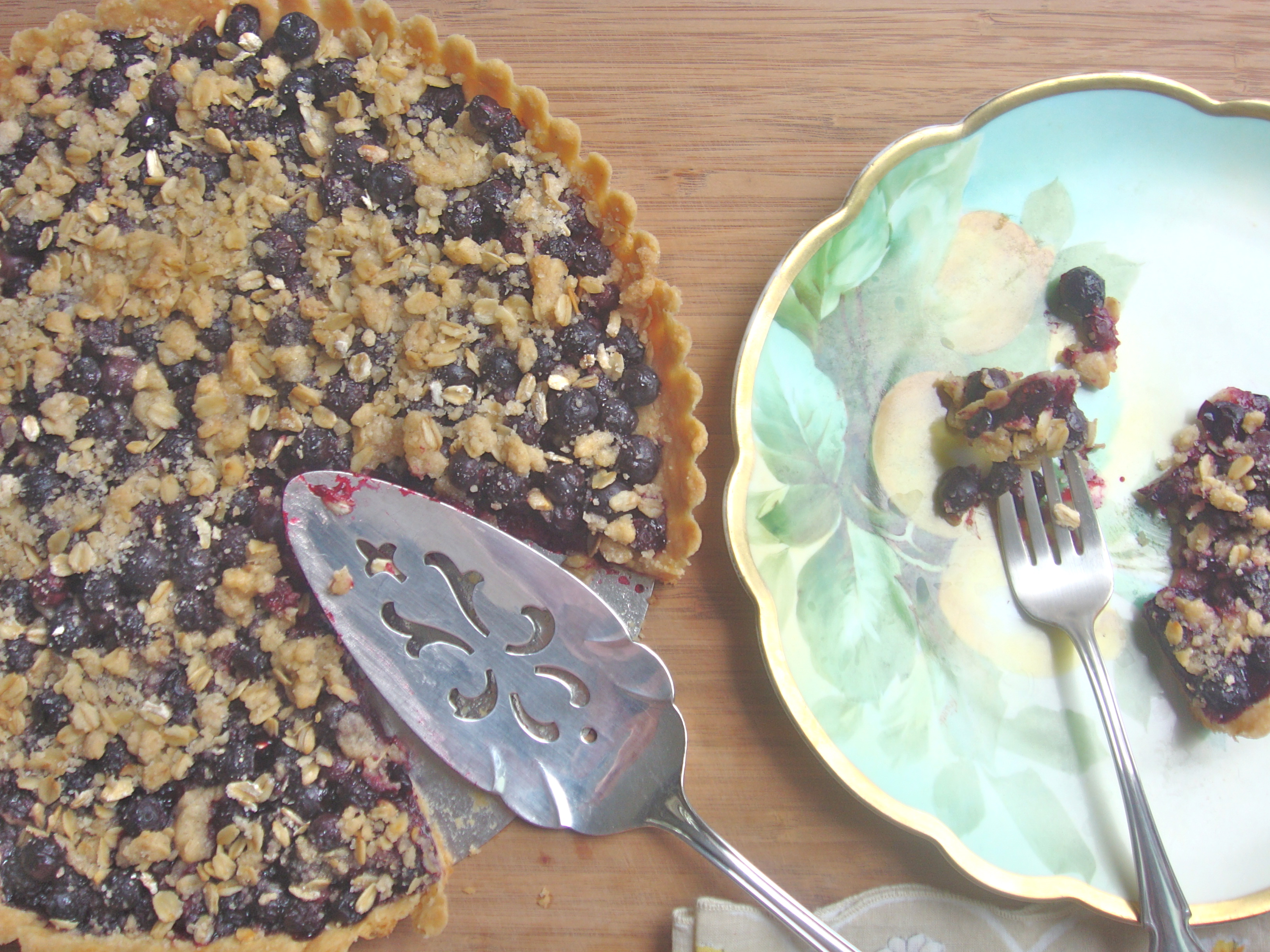 blueberry streusel tart