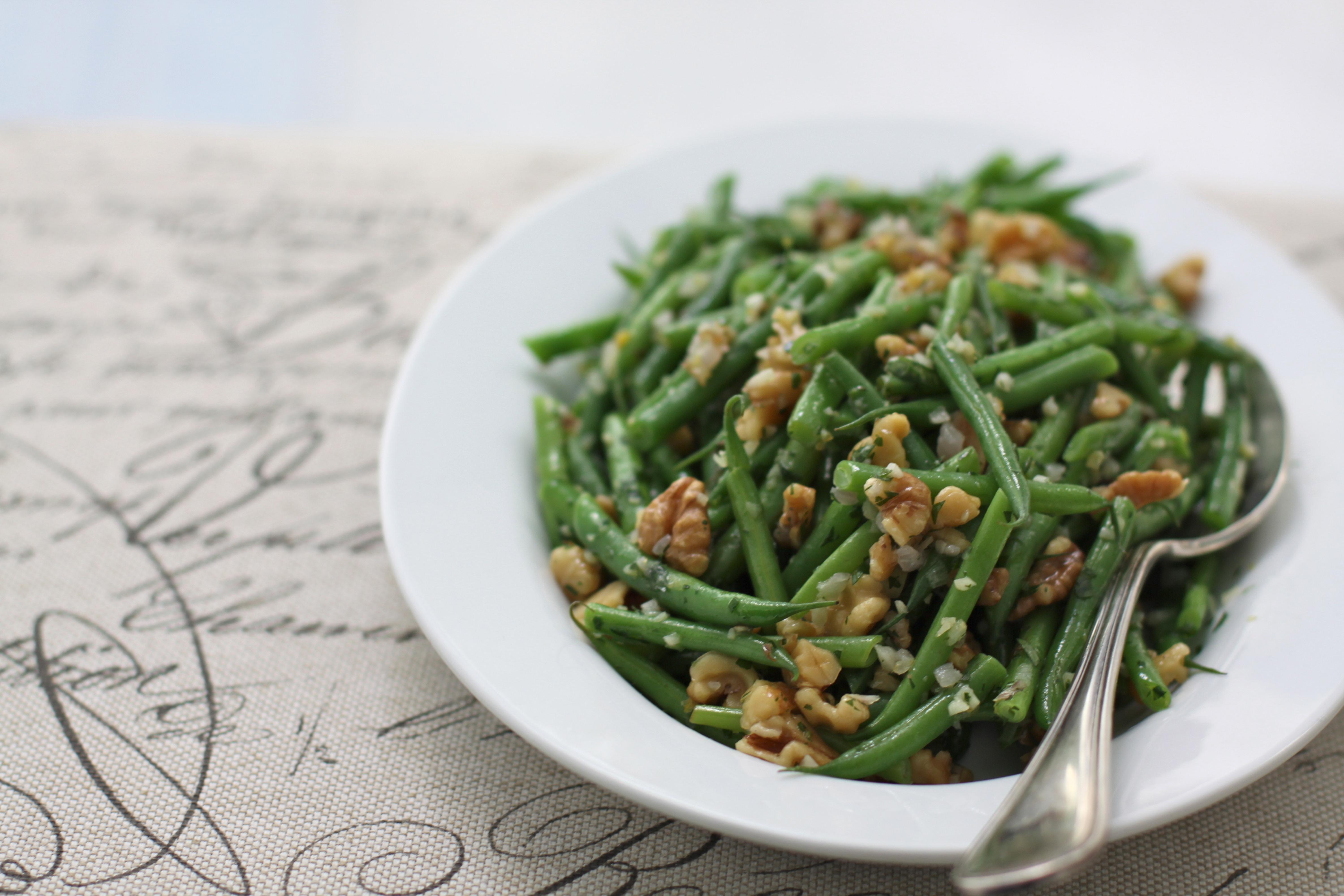 green beans w/ walnuts